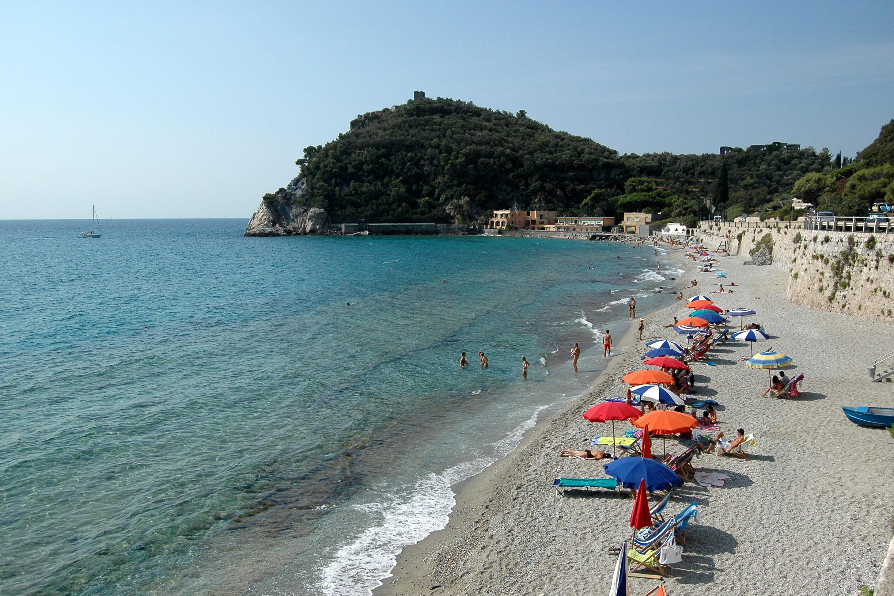Varigotti - Baia dei Saraceni